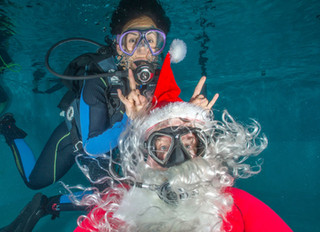 Underwater Pictures with Santa!