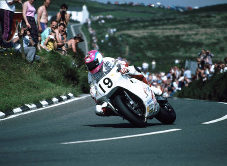 Laps of the Gods : The Greatest TT race of all