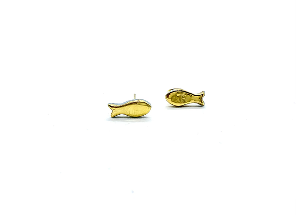 Goldfish earstuds all in gold