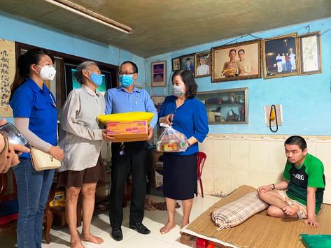 Đoàn Luật sư thành phố Đà Nẵng tiếp tục hỗ trợ người dân khó khăn trong tâm dịch Covid-19