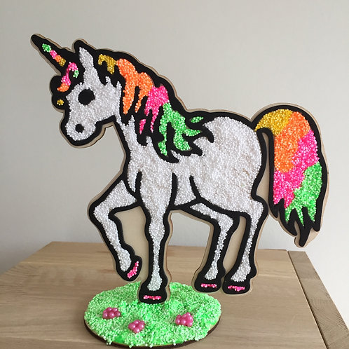 Houten unicorn