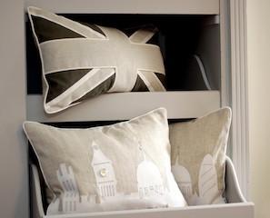 London cushion.jpg