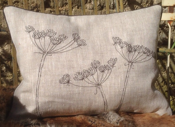 Cow-Parsley Cushion