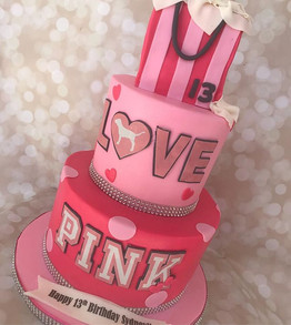 Don't all little girls LOVE PINK____ I was so excited when Sydney's mom called me to make her 13th birthday cake and reminded me of her 3rd_