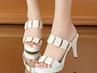 Femme talons hauts chaussures blanc tresse