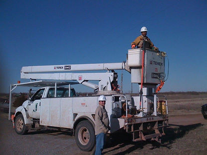 James Power Line Bucket Truck