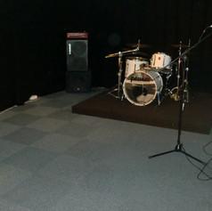 13 Sound Studios