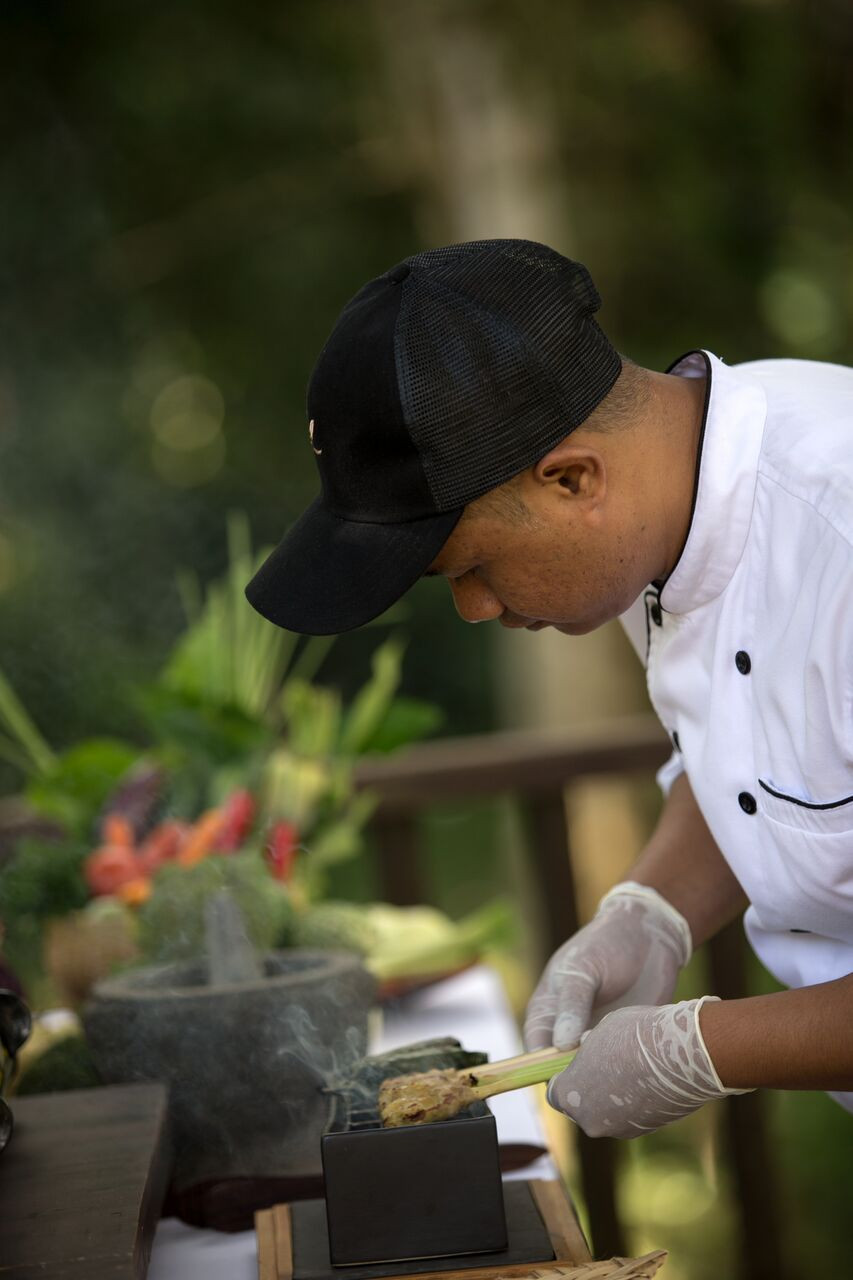 Chef Made Armawa and his famous grilled Balinese Chicken Satays