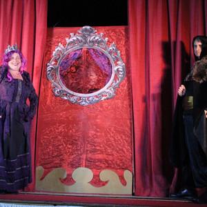 Queenie mirror.jpg