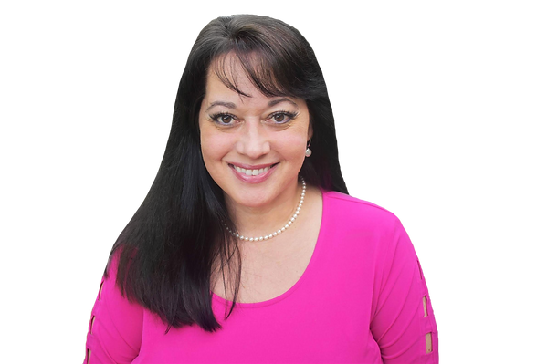 Lynn LaBorde psychic reader, medium, channeler, and akashic record reader.