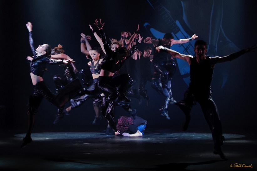 GCA_20120121_Globe_Dancers_0082.jpg