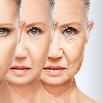 3 Frauen unterschiedlichen Alters, zur Demonstration wie Gesicht verjüngt wird