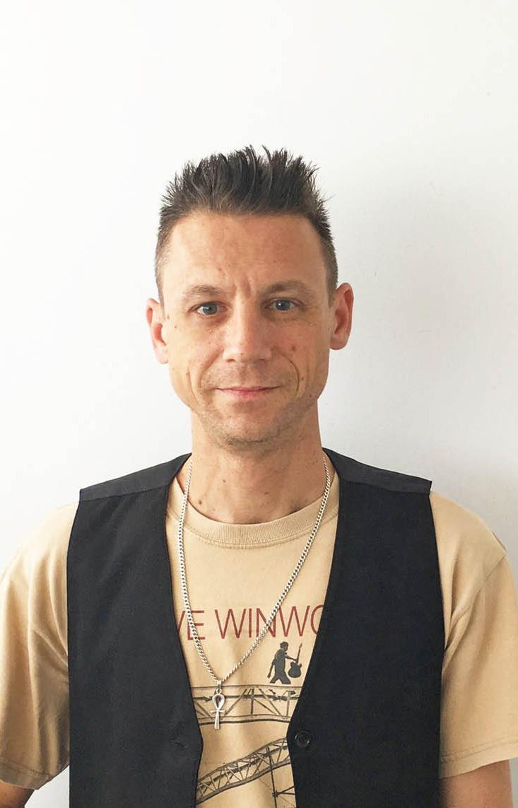 Max Jacobs Guitar & Bass Coach