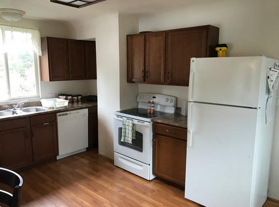 #4 kitchen.JPG