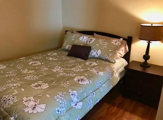 bedroom2(2).jpeg