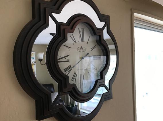 #4 Hyacinth - clock in livingroom.JPG