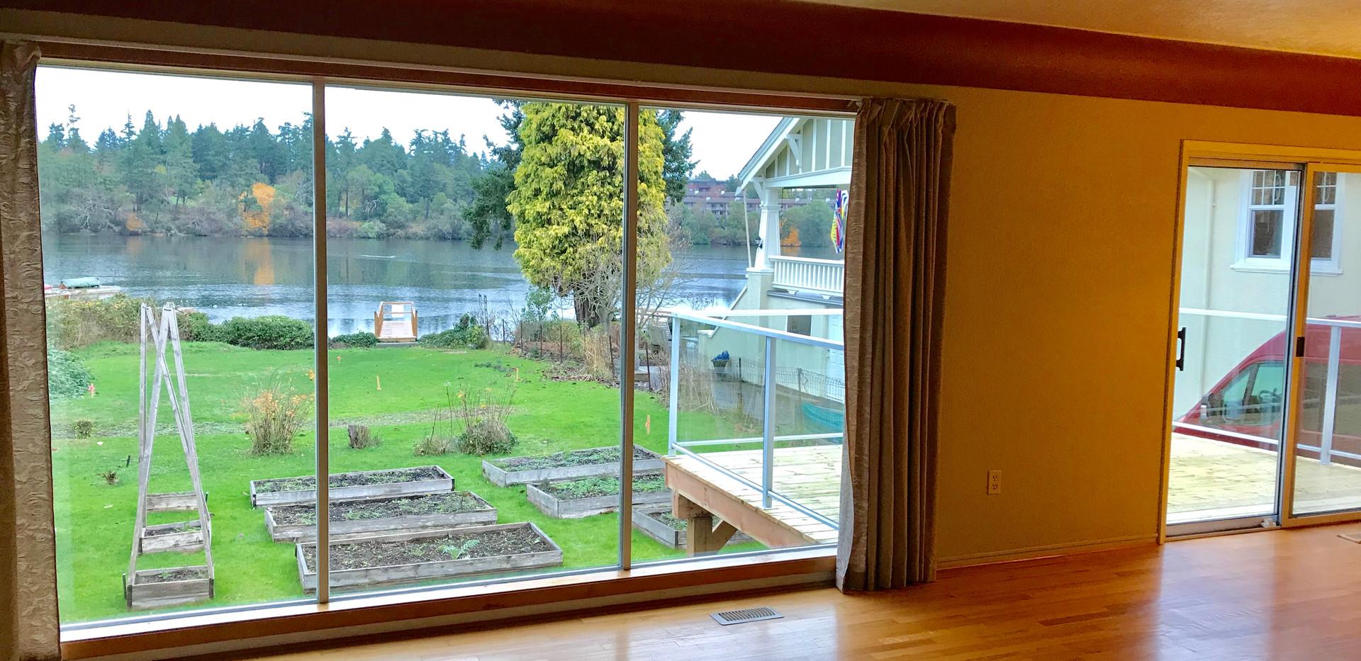 Livingroom View - no furniture.jpg