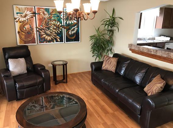 #4 living room 2.JPG