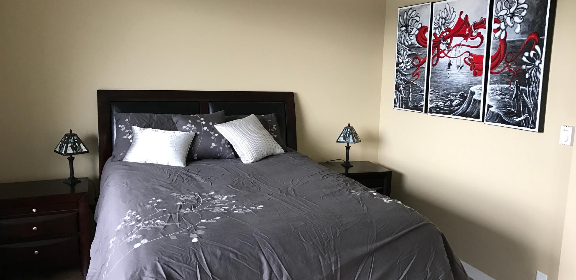 #4 Hyacinth - Bedroom #3 - Lakeview.JPG