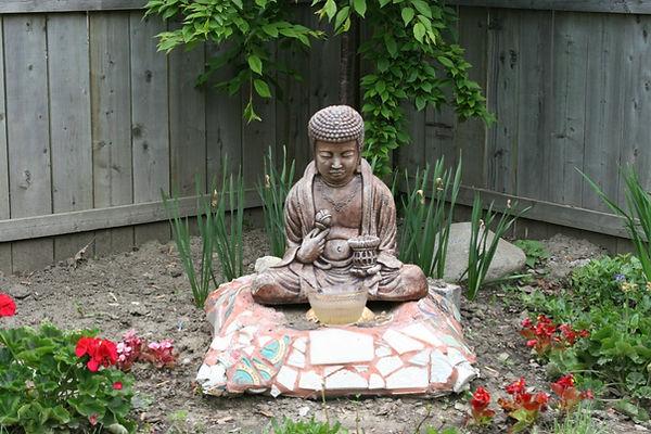 backyard-buddha-1024x682.jpg