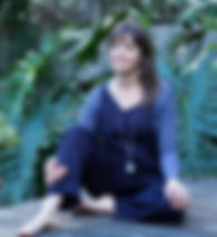 dee profile pic.jpg
