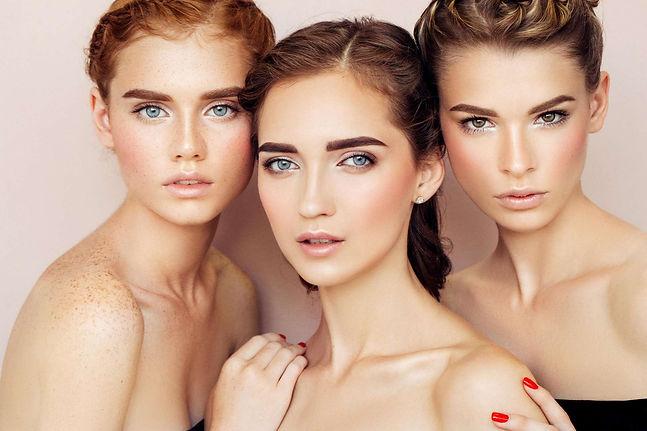 Tres Mujeres Hermosas