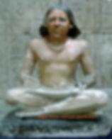 Kairo Schreiberstatue Inv 141 5 Dynastie Sakkara 00
