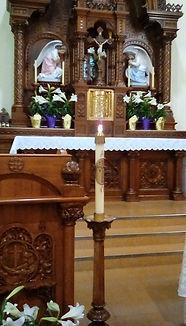 Easter Candle & Altar.jpg