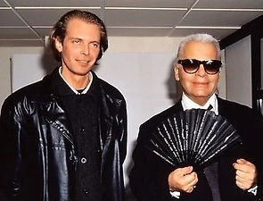 Klaus Guingand and Karl Lagerfeld in 1995