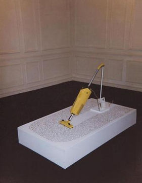 "Klaus Guingand artwork : "" Vacuum cleaner Guingand"" :This vacuum cleaner aspires 4000 artists names of art history.Guingand has write itself these names.The Vacuum cleaner note recommends to empty bag well. : 1991"