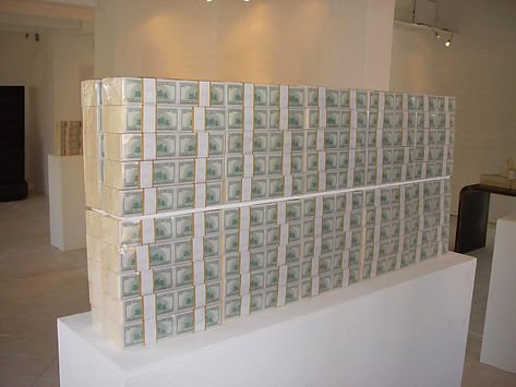 Klaus Guingand artwork: In god we trust / $ 20 million cash, front back