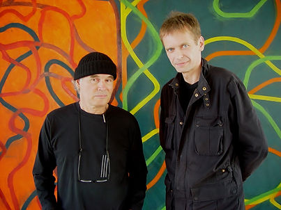 "2006 - New York, Brice Marden studio.  Brice Marden and klaus Guingand in front of the artwork ""Compliments""(2004 - 2007)"