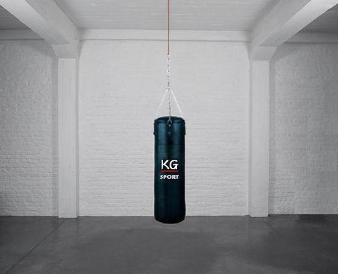 Klaus Guingand artwork, strick bag,wood, leather, chain steel.
