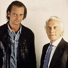Klaus Guingand and Kirk Douglas in 1995