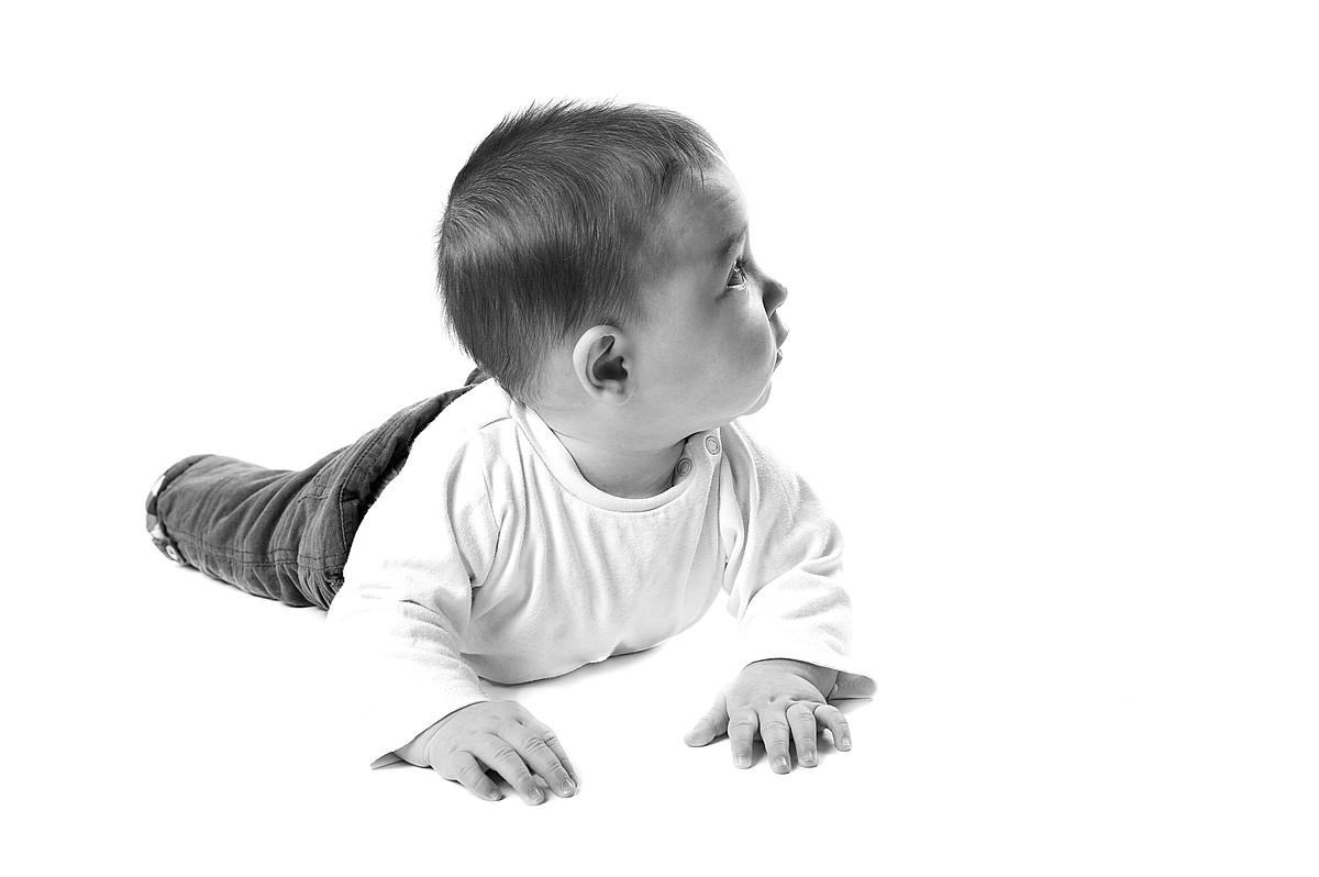 Claire Bevalet Photographie - Enfants - Bébé - Photographe Bébé Antibes - Photographe Bébé Alpes-Maritimes