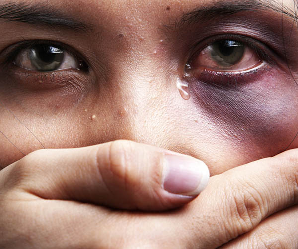 Βία ενάντια στις γυναίκες