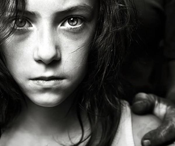 Σεξουαλική κακοποίηση ανηλίκων