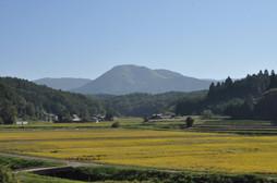 津黒山.jpg