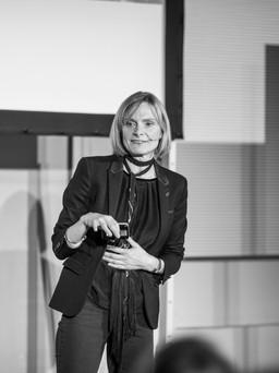 Meet Annie Warburton at Triennale di Milano
