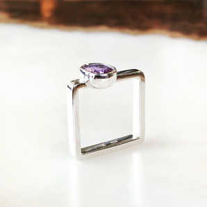 Square shank ring - sterling silver and amethyst