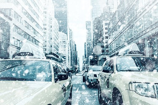 NYC snow and taxies
