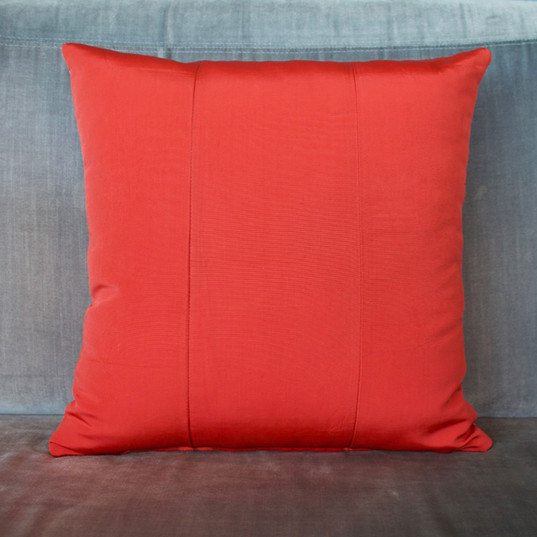 Red-white-crosses-cushions-back.jpgRed + white cross obi cushion cover back