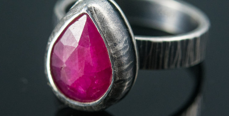 Ruby Sapphire Teardrop Ring on Hammered Silver Band