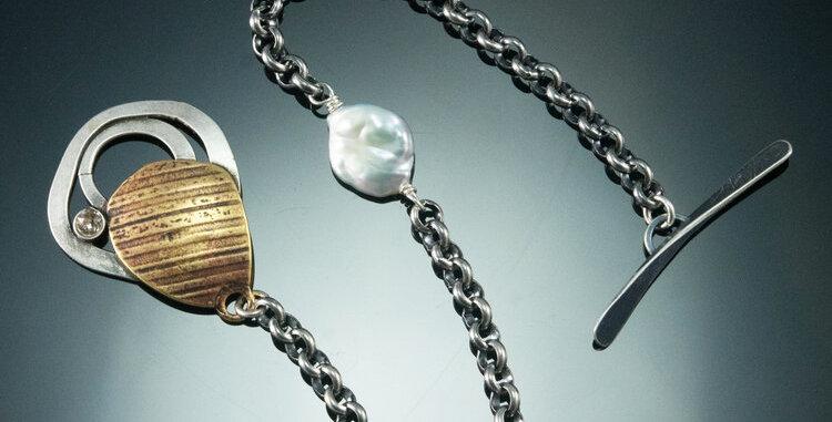 Pond Link Toggle Bracelet