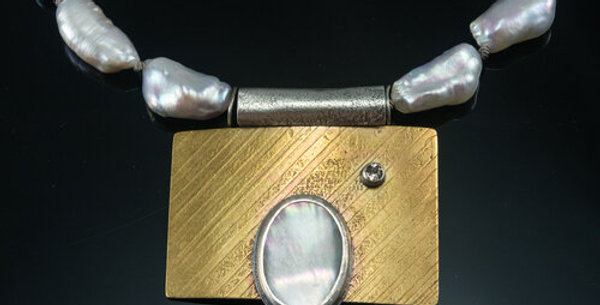 Baroque Pearl Choker with Mother of Pearl Pendant