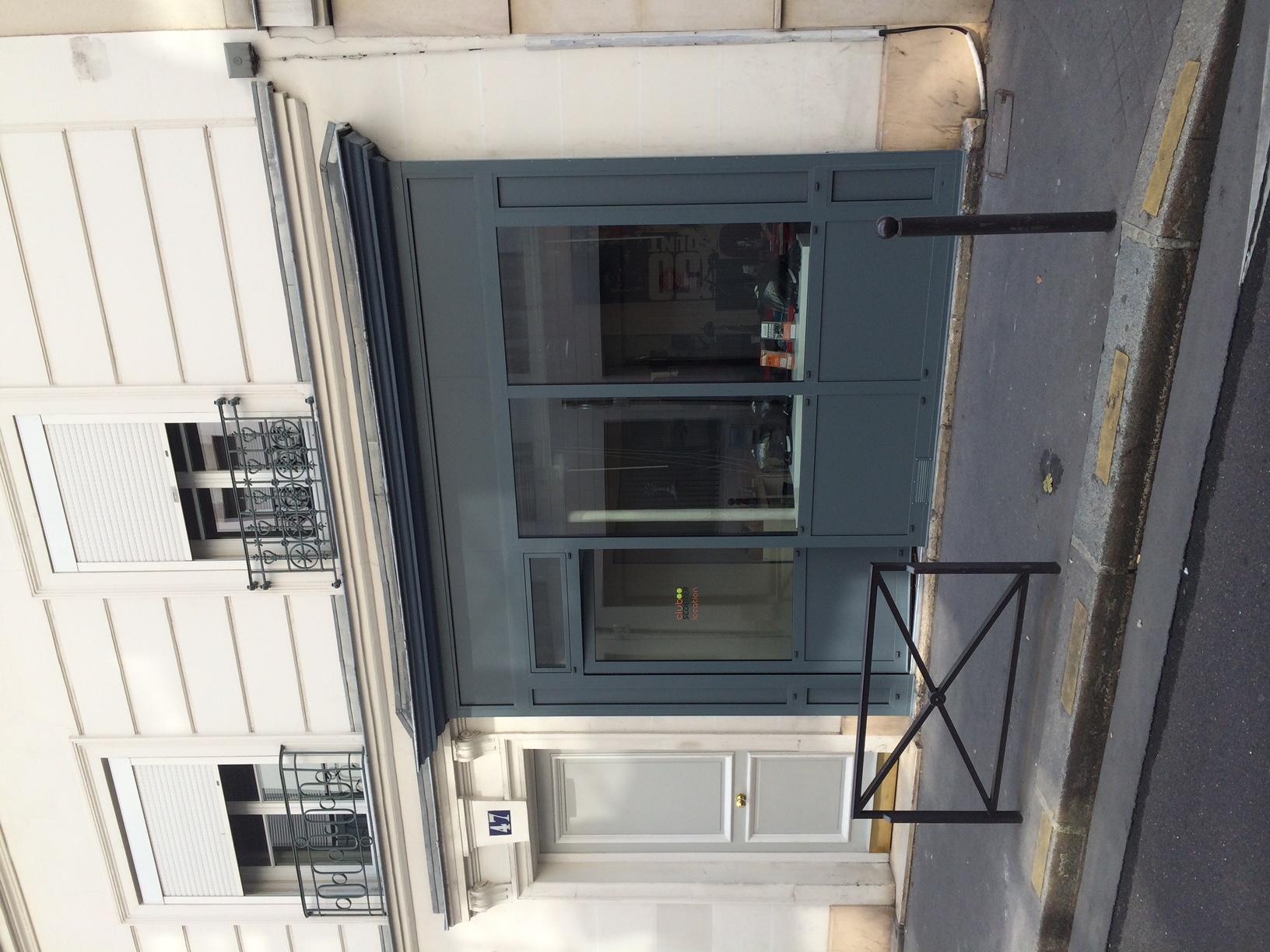 Bureaux et vitrine - Paris