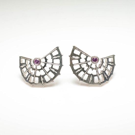 earstuds studs earrings rhodolite garnet handmade saw pierced hand engraved patina oxidised tom asquith jewellery