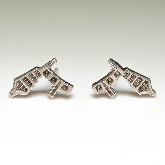 earstuds studs earrings handmade saw pierced hand engraved patina oxidised tom asquith jewellery geometric