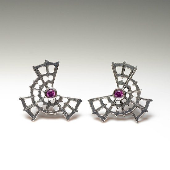 earstuds studs earrings garnet handmade saw pierced hand engraved patina oxidised tom asquith jewellery