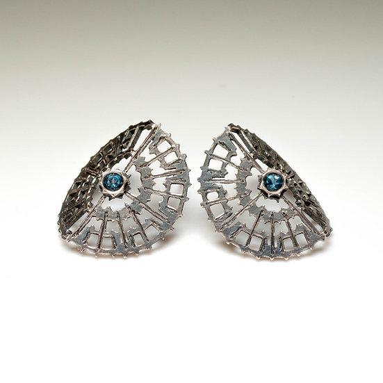 earstuds studs earrings topaz handmade saw pierced hand engraved patina oxidised tom asquith jewellery folded